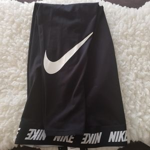 Nike Plus Size Tight Fit Leggings